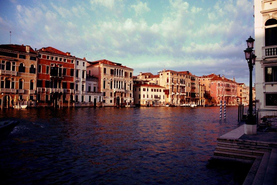 Canales Venecianos 2